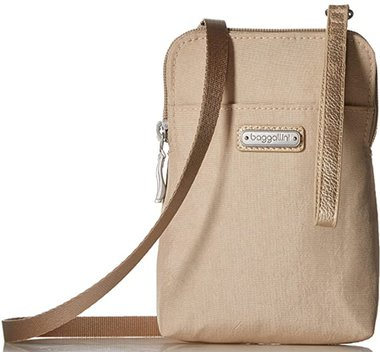 Baggallini two-way RFID crossbody bag | 40plusstyle.com