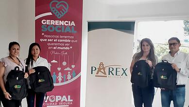 Photo of Se entregaron 159 kits escolares para los niños de Yopal
