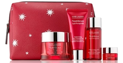 Estée Lauder Nutritious Super-Pomegranate Night Detox & Glow set | 40plusstyle.com