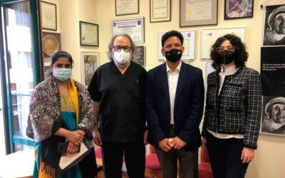 El ministro consejero de la embaja de la India visita la sede de DAF
