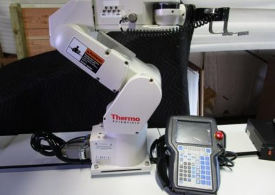 Thermo Scientific Fanuc Robot LR Mate 200iC with Fanuc System R-30iA Mate