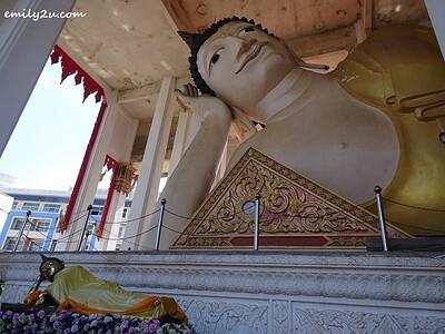 the largest reclining Buddha in Southern Thailand @ Wat Hat Yai Nai