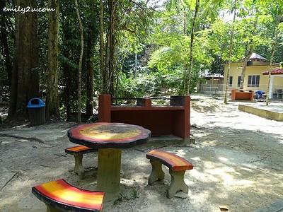 25. lepak area with 2 BBQ pits