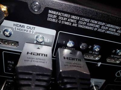 יציאת HDMI ARC מרסיבר קולנוע ביתי