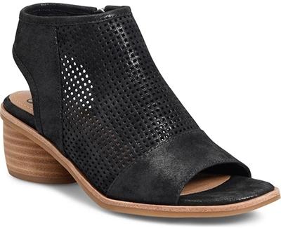 Best women's sandals - Söfft Coraline Sandal | 40plusstyle.com
