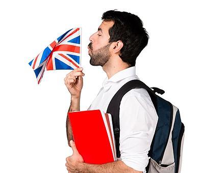 Estudiante con una bandera de Inglaterra