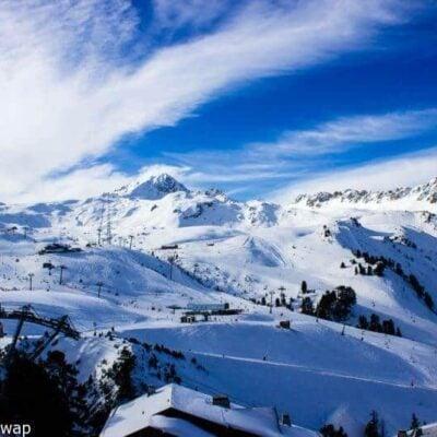 Skiing in Les Arcs