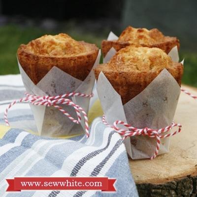 Sew White cakemart review nordicware ice cream cones 5