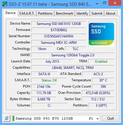 De interface van SSD-Z. Je vindt er veel informatie over de schijven in je PC.