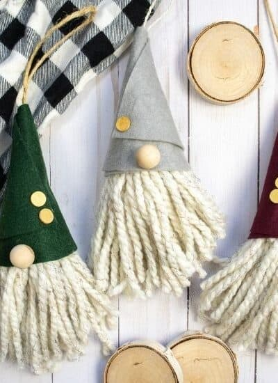 Just chilling with my gnomies. This DIY Gnome Ornament is an easy Christmas craft project. Make this gnome Christmas ornament for your tree.