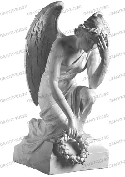 скульптура с крыльями из литьевого мрамора на могилу
