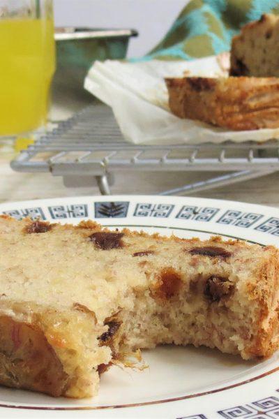 Vegan and Gluten Free Banana and Date Loaf - Glutarama