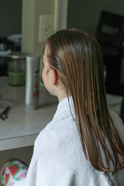 treat lice with conditioner