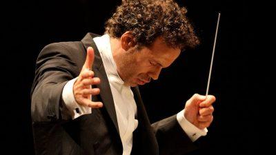 Image: Aleksandar Marković conducting