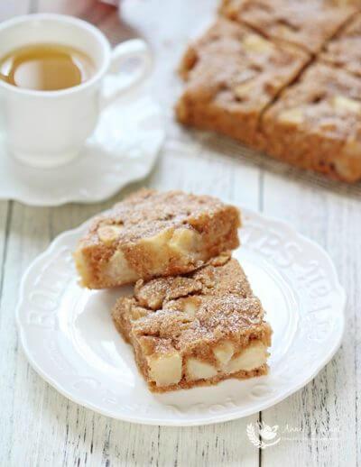 Apple Brownie Cake 苹果布朗尼蛋糕