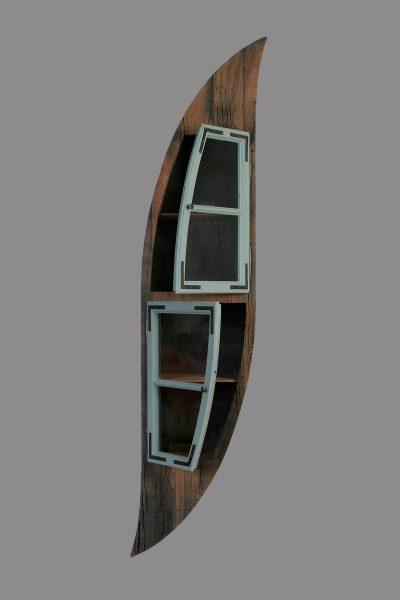Henny Hendrichs, Moritz | unter Verwendung eines Fensterflügels aus dem Hohenzollerndamm in Berlin - Wilmersdorf | Maße - ca. 50 x 230 x 30cm (BxHxT)