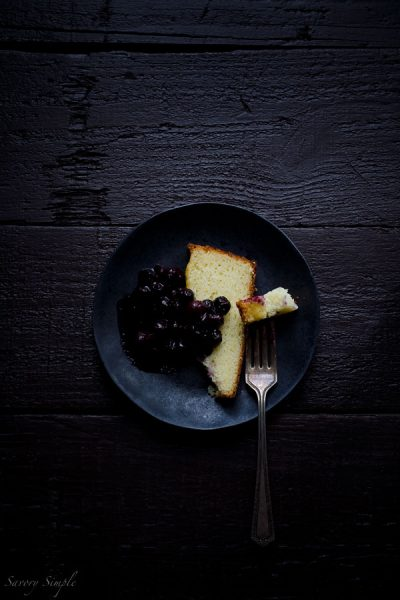 Fromage-Blanc-Cake-with-Blueberries