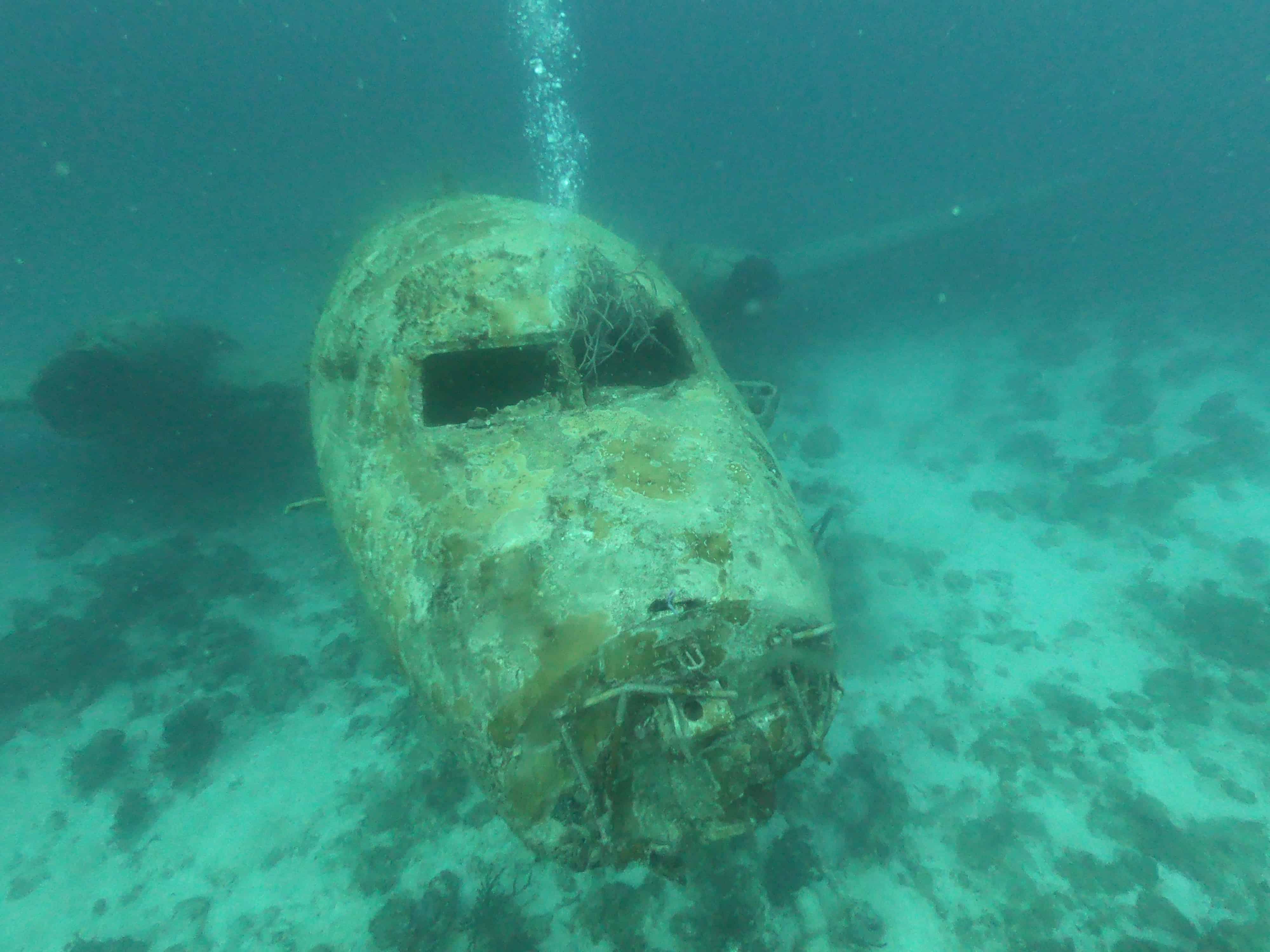 How is wreck diving in Aruba?