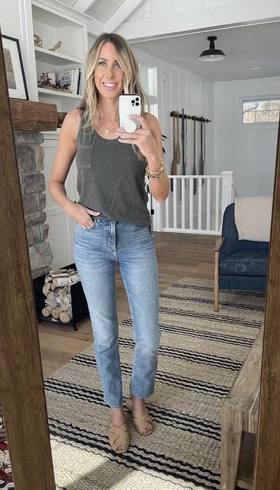 straight leg jeans sandals tank