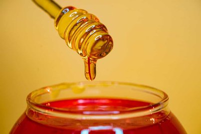 Jarrah honey has high fructose level, hence, does not easily crystallize