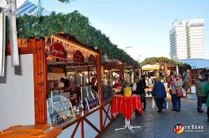 christmas market alexanderplatz