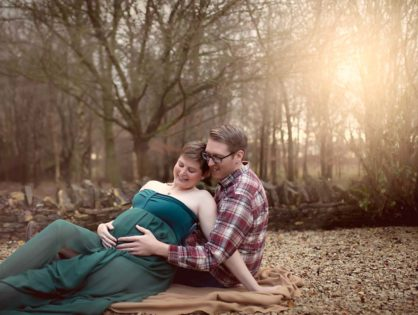 Outdoor or Studio for a Pregnancy Photoshoot