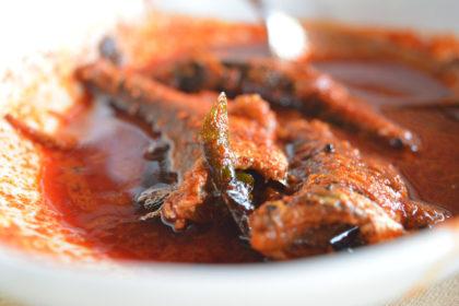 Kitxen espacio gastronómico curry pescado cocina asiática
