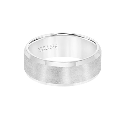 Comfort Fit Wedding Band with brush finish and bevel edge