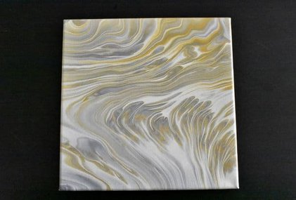 Tree Ring Pour House Paint, an example of choosing paint colors for acrylic pouring