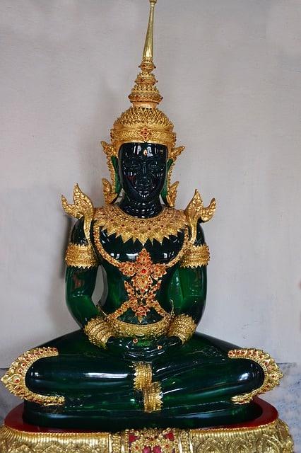 joyería de jade y oro