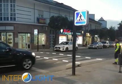 Paso de peatones inteligente en Tomares