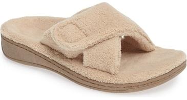 Vionic 'Indulge' relax slipper   40plusstyle.com