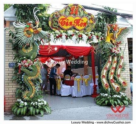 Cổng rồng phụng ngày cưới