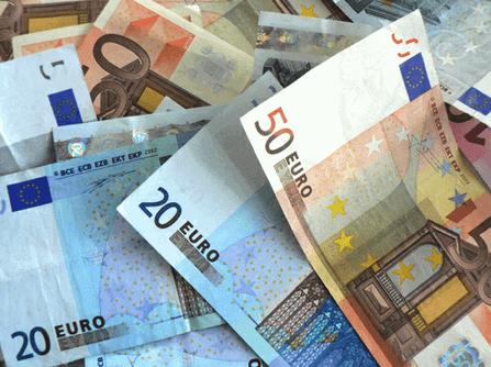 4 ways of sending money abroad