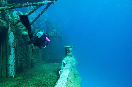 Grand Cayman Dive Site Reviews
