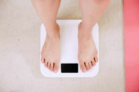 perder pese e controlar obesidade previne AVC