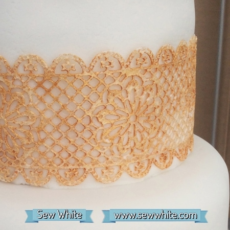 edible gold lace on a cake