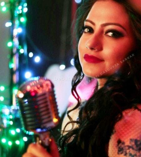 Aaiye Meherbaan – Live Show