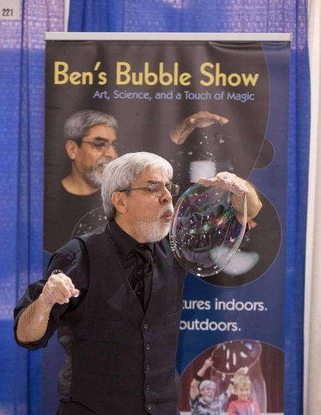 Entertainment for #ChiTAG including Bens Bubble Show!