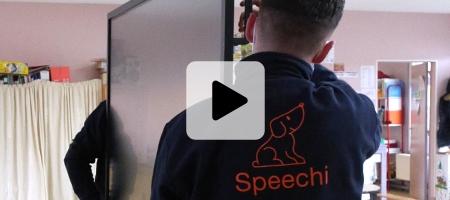vidéo notre service dédié de livraison et d'installation de votre écran interactif
