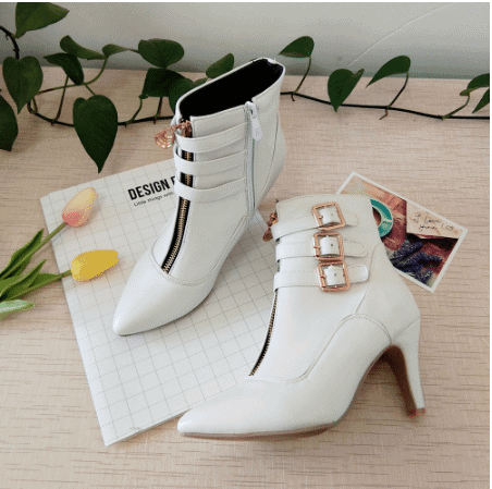 white boots for winter