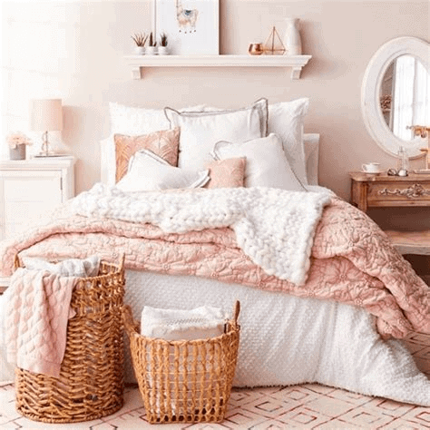 Modern pink bedroom decor ideas
