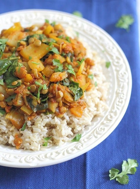 Vegetable red curry with lentils