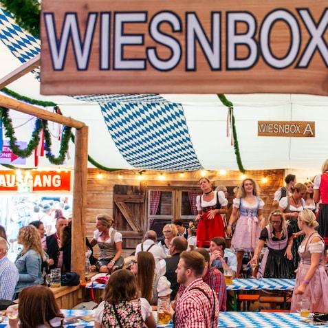 DJ buchen für Oktoberfest Lüneburg Uelzen Winsen