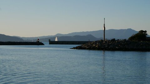 View looking out the breakwater into San Fransisco Bay