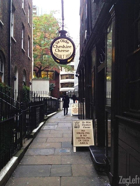 Ye Olde Cheshire Cheese in London | ZagLeft