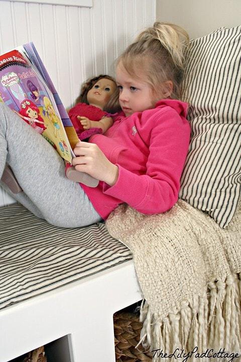 Reading Nook - thelilypadcottage.com