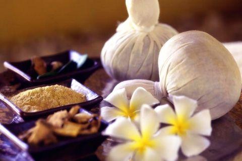 Masaje con Pindas   Centro de masajes en Salamanca   Estetica 5 Sentidos