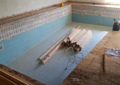 Decke über Schwimmbad