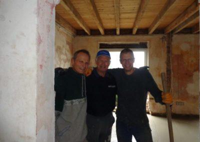 Die stolzen Bauherrn nach getaner Arbeit
